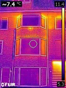 Baart-DOET energie- en bouwadvies regio Zwolle warmtescan warmtecamera infrarood thermobeeld thermoloog beeld energielek energiestroom zichtbaar maken energiebesparen energieverlies beperken bespaar milieu minder CO2 woning huis pand bestaand en nieuwbouw vastgoed