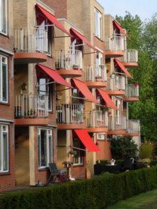Baart-DOET energie- en bouwadvies regio Zwolle zonnescherm screen zonwering koel huis pand appartement gezond wonen zomer minder warm heet