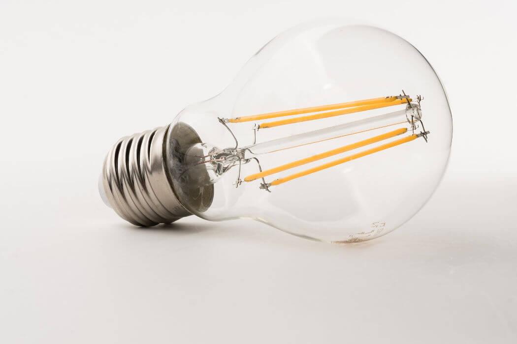 Energie besparen met verlichting. Plaats led verlichting